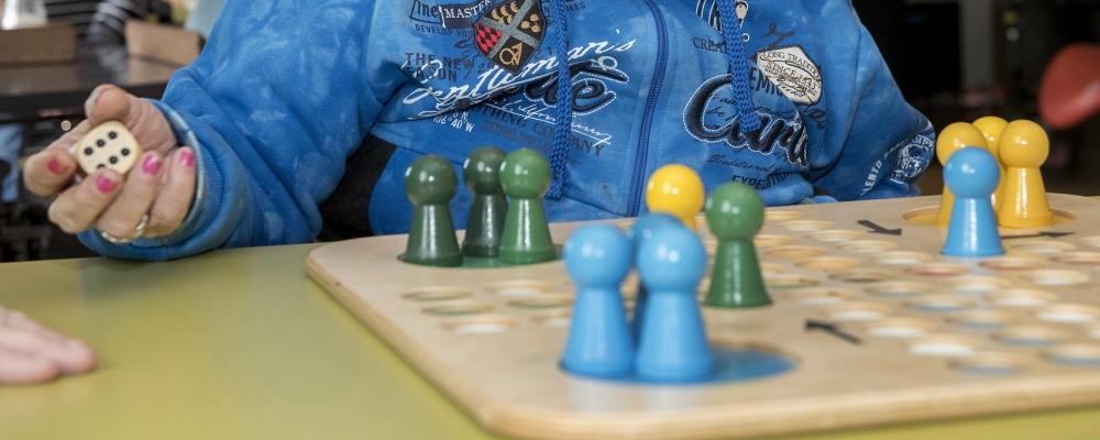 Alzheimercafé over dagbesteding voor ouderen met dementie