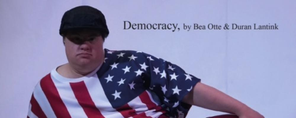 MODESHOW DEMOCRACY BEA OTTE & DURAN LANTINK